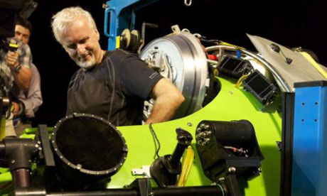 http://static.guim.co.uk/sys-images/Guardian/Pix/audio/video/2012/3/26/1332740089944/James-Cameron-climbs-into-007.jpg