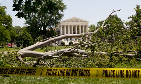 Death toll rises as storms lash eastern US amid scorching heat