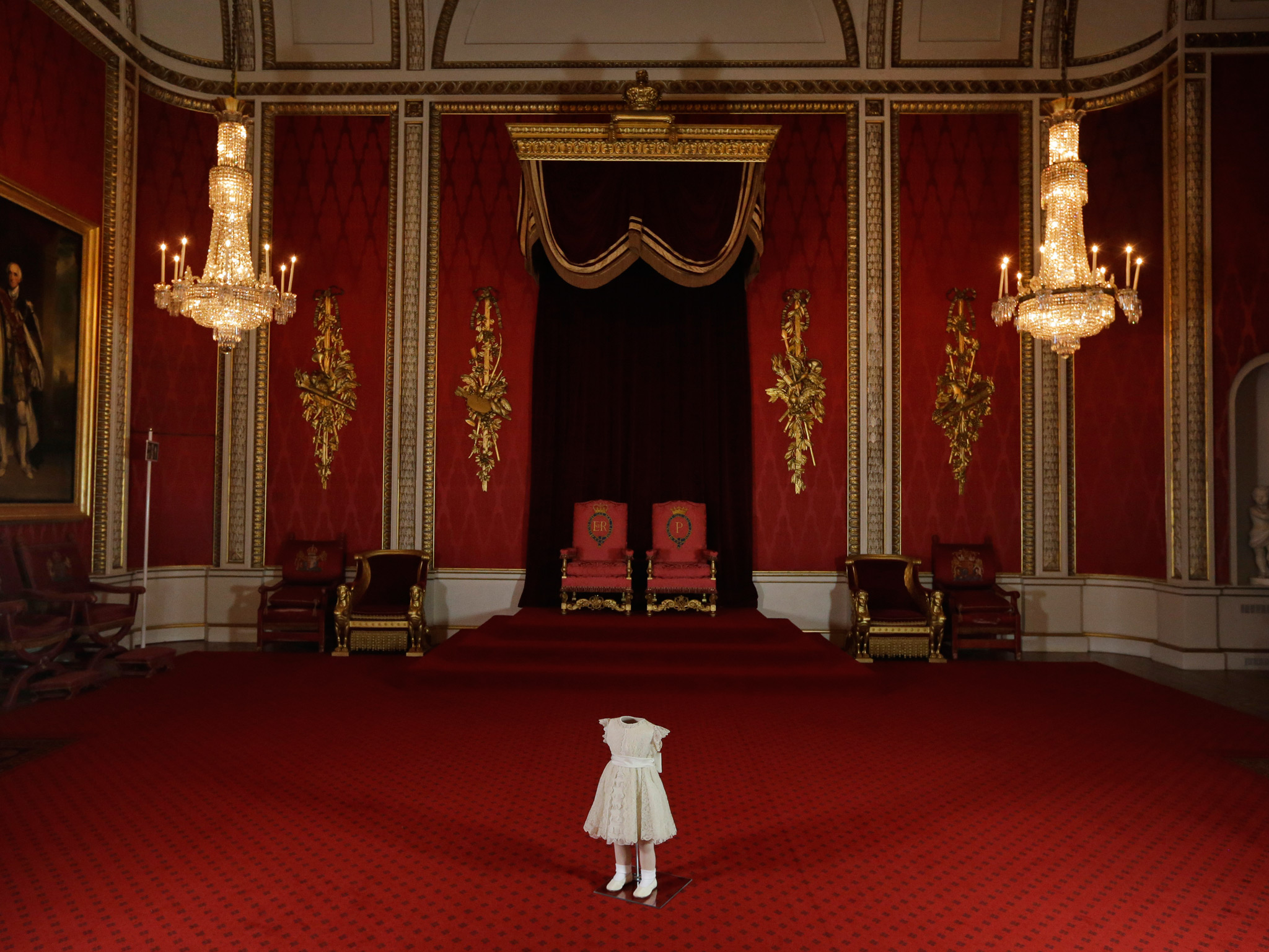Royal Throne Room Buckingham Palace Images