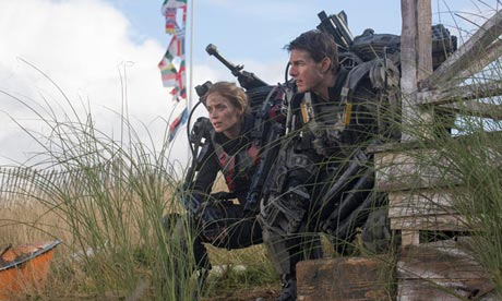 Emily Blunt and Tom Cruise in The Edge of Tomorrow