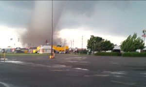 Oklahoma tornado filmed by Newcastle resident – video