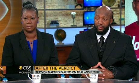 Tracy Martin y Sybrina Fulton en CBS el jueves por la mañana