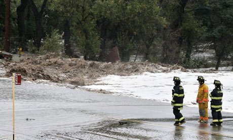 University of Colorado closes as death toll from flash floods rises to