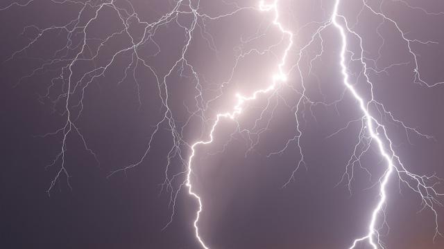 Lightning Images Lightning strike video