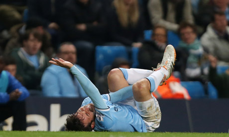 Manchester City's Manuel Pellegrini hoping for quick recovery for David Silva - video