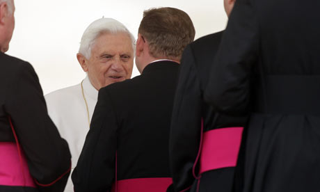 Pope Benedict XVI Holds Weekly Audience