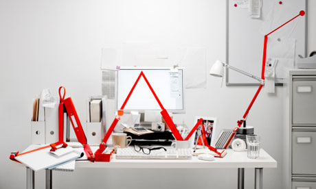 Red graph line in office