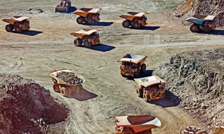 WGC: Dump trucks at Kalgoorlie Super Pit, Australia