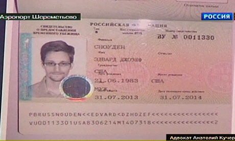 Временное убежище Эдвард Сноудена вызывает смешанные чувства среди россиян