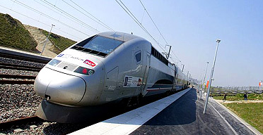tgv strasbourg to paris aims to hit 354mph world news the guardian. Black Bedroom Furniture Sets. Home Design Ideas