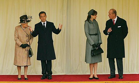 Queen Elizabeth II with Nicolas Sarkozy.