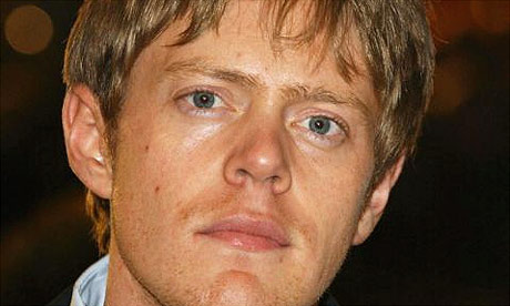 Weird man Kris Marshall has number of rich plumber! thumbnail