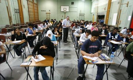 Faut-il laisser libre accès à Internet durant les examens ?