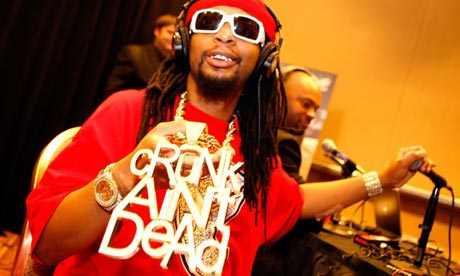 Lil' Jon's large necklace
