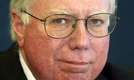 Jerome Corsi, co-author of Unfit For Command, speaks at Washington's National Press Club in 2004