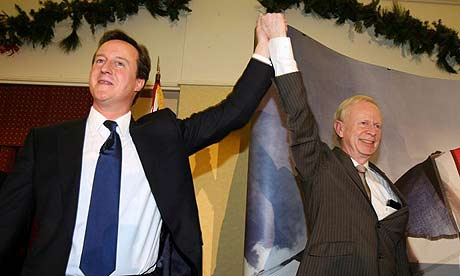 Tory leader David Cameron and Ulster Unionist leader Sir Reg Empey at the UUP conference