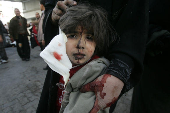 http://static.guim.co.uk/sys-images/Guardian/Pix/pictures/2008/12/29/1230551462947/Gallery-Gaza-air-strikes--013.jpg