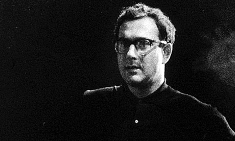 harold pinter essay The play begins in a pub in the spring of 1977 emma and jerry are drinking together emma is friendly and tries to get jerry to be friendly jerry opens up when he's.