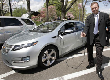 Updated Gm S Chevy Volt Miles Per Gallon Is Way Cool The