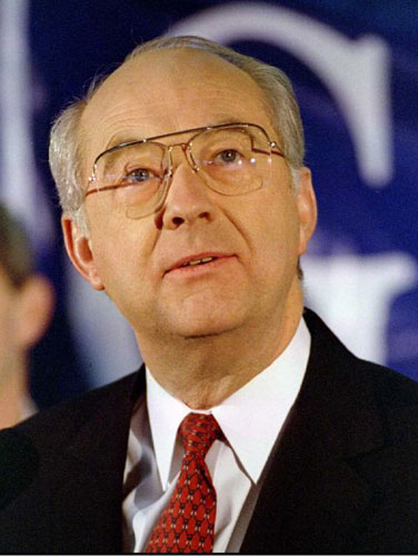 senator phil gramms last election essay This is also seen as a weirder primary as well in that the tea party was clearly defeated tonight, hutchinson the senior us senator was endorsed by mainly establishment politicians and people like former president george hw bush or even former colleague and senator phil gramm.