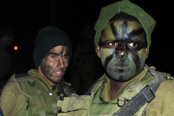Gallery Israeli troops enter Gaza:  Israeli soldiers on the Israel-Gaza border