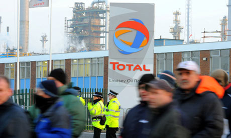 Protesters demonstrate outside the Total Lindsey oil refinery in Immingham on 30 January 2009.