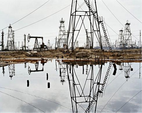 Burtynsky Oil Exhibit Edward Burtynsky Oil Socar