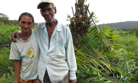 Colombian peasant couple. Photograph: Rory Carroll/The Guardian