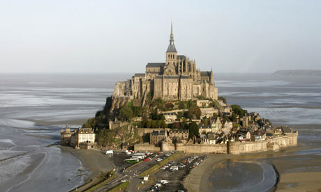 Mont-St-Michel would be only 10 miles from the nearest wind turbine