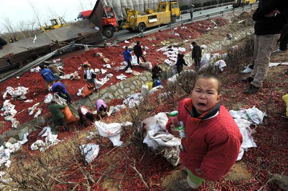 Xiaogan China  city pictures gallery : Xiaogan China A child cri 001