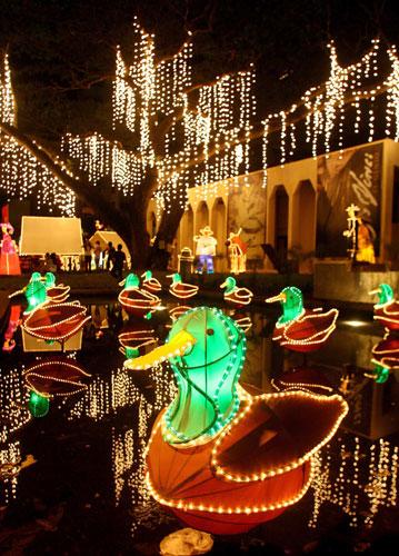 Christmas decorations around the world life and style for Christmas decorations near me