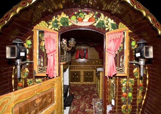 Seherezádé szekere Gypsy-Romany-museum-Roman-009