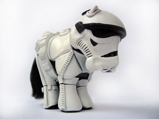 [Image: My-Little-Pony-makeover-M-001.jpg]