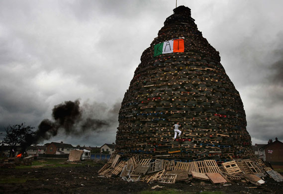 battle of boyne bonfires