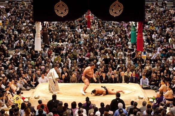 http://static.guim.co.uk/sys-images/Guardian/Pix/pictures/2009/3/31/1238493972947/Eyewitness-Miyabiyama-def-001.jpg