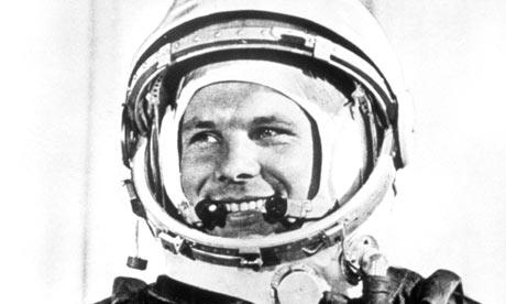 [Imagen: Yuri-Gagarin-before-the-f-001.jpg]