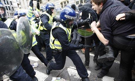 Protestas Febrero 2014 - Página 6 G20-April-Fools-Day-Prote-001