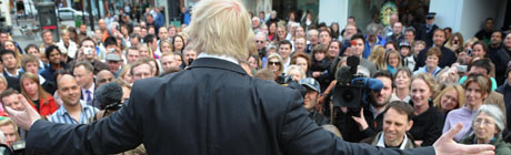 Boris Johnson addresses a large crowd of shoppers