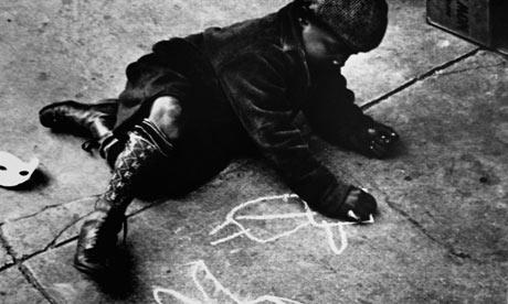Boy-Drawing-on-a-Sidewalk-002