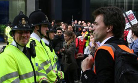 Tom Brake MP acting as a legal observer at the G20 protests