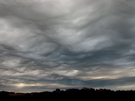 Asperatus cloud: Over Burnie, Tasmania, Australia
