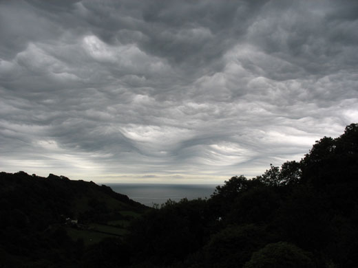Asperatus cloud: Over Combe Head, Salcombe Regis, Sidmouth, Devon