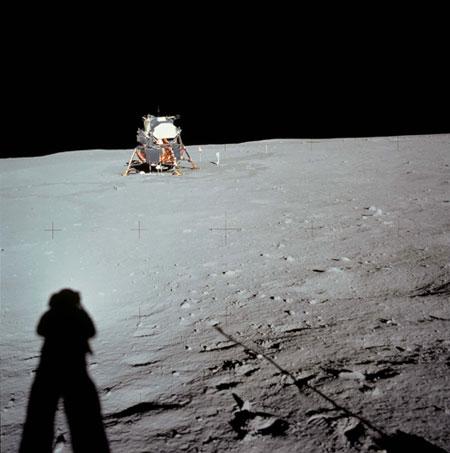 apollo 11 moonwalk - photo #22