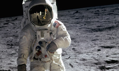 When did neil armstrong walk on the moon date in Australia