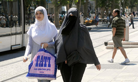 Muslim women in Marseille