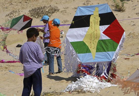 Palestinian kite festival: Palestinian kite festival in Beit Lahiya, northern Gaza Strip