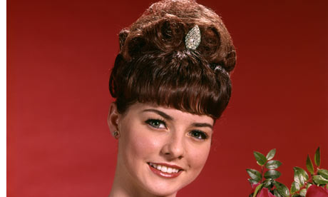 How should you dress if the last time you dated you wore a beehive ...