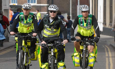 http://static.guim.co.uk/sys-images/Guardian/Pix/pictures/2009/8/27/1251370493773/Bike-Blog-Bike-Paramedics-001.jpg