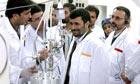 Ahmadinejad inspects Iran's Natanz nuclear plant