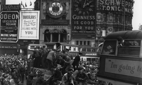 Second world war: Crowds at VE day celebrations in London